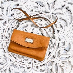 Nine West crossbody tan crossbody clutch purse